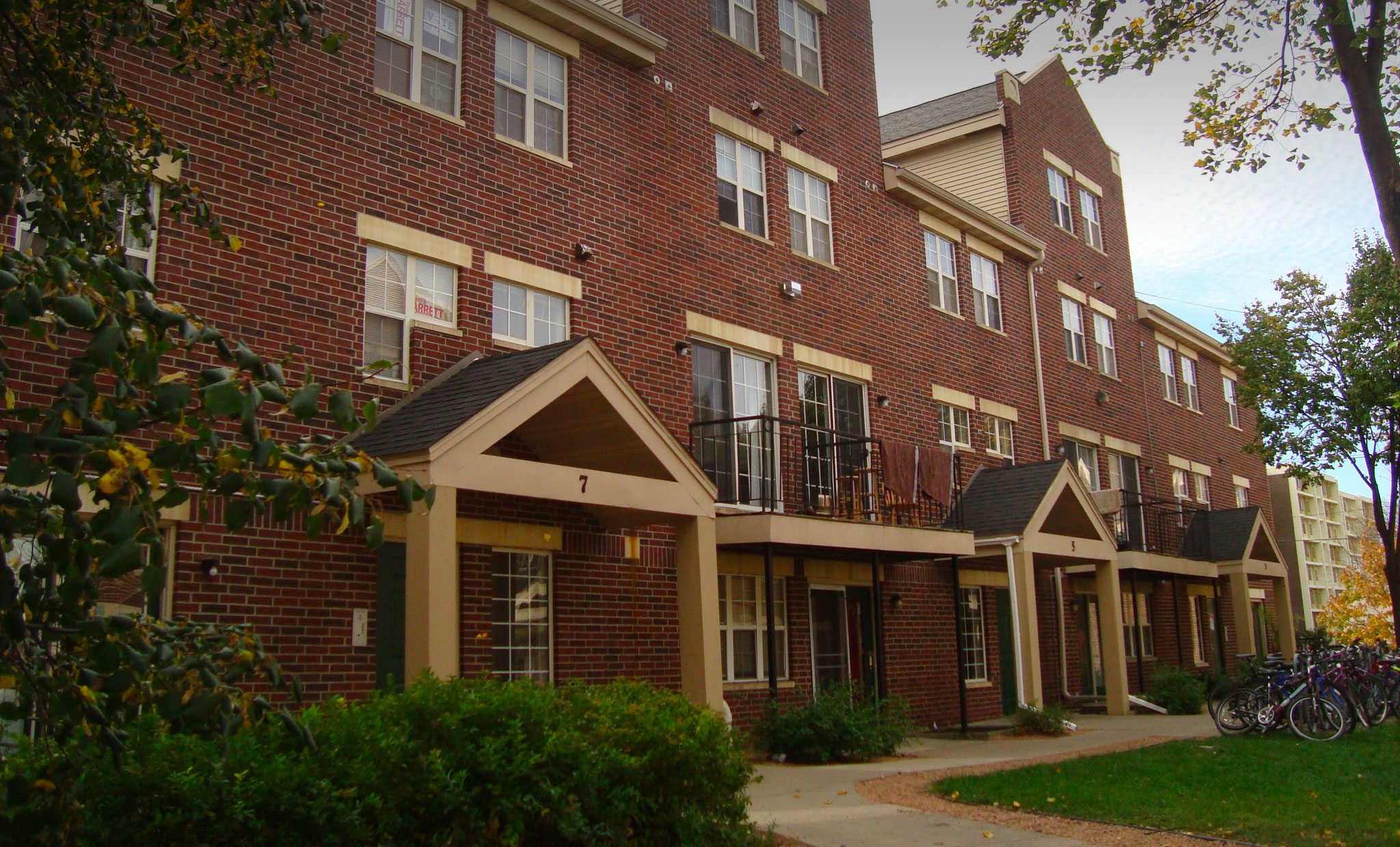 Randall Station - UW Madison Apartments For Rent